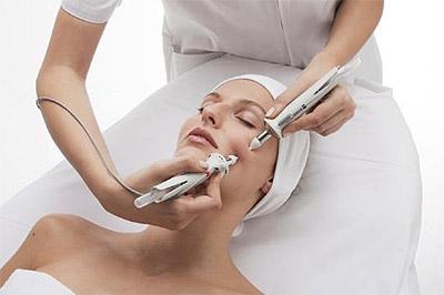 Аппаратная косметология по уходу за лицом и телом Accura
